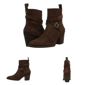 Hunter Refined Strap Suede Boots Size 10.5 Brown